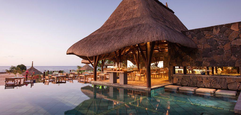 Svane Rejser's hoteller i Mauritius - strandrestaurant på Pointes aux Biches