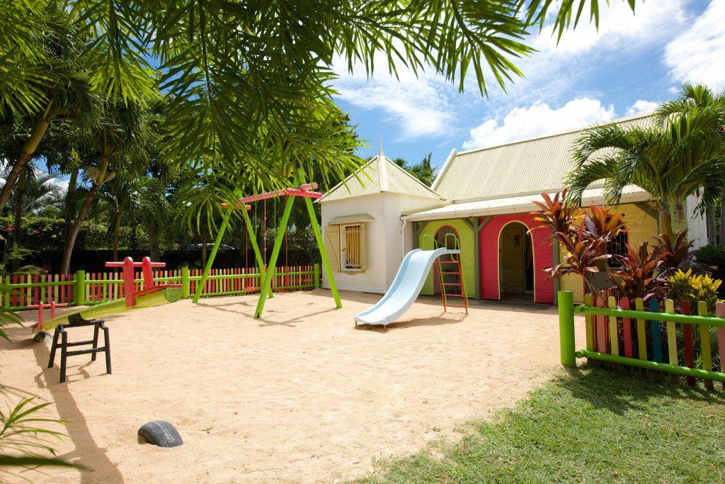 Hotel Grand-Baie har en Kids Club, der passer på børnene