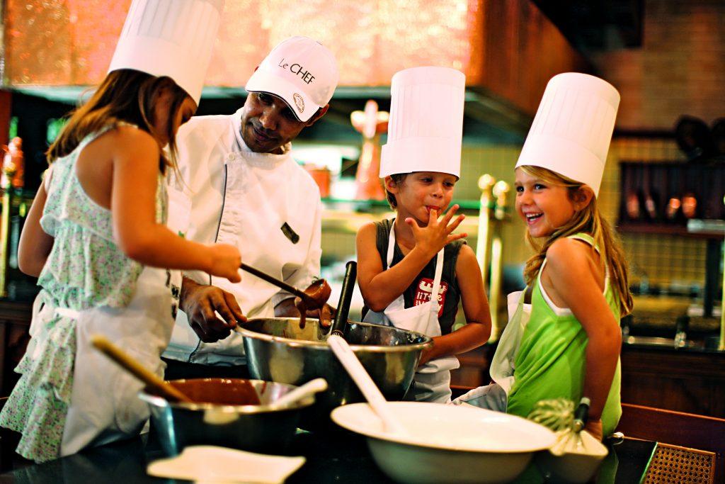 På strandferie i Mauritius spiser du lækker varieret mad med mange påvirkninger